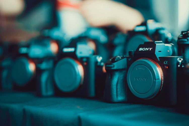 Top-5-DSLR-Cameras